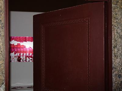 Anti-theft Painting (2011)